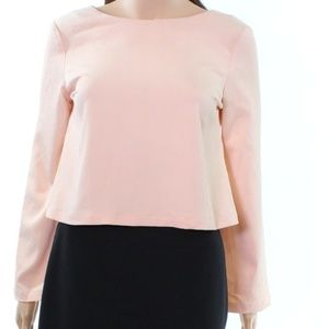 Cropped pink top